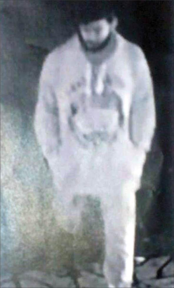 مجرم فراری متهم فراری قتل با اسلحه قاتل فراری عکس قاتل شناسایی مجرمان درگیری مسلحانه اخبار مشهد اخبار خراسان رضوی